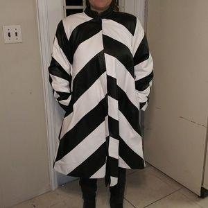 Vintage Jackets & Coats - 🖤Luxury leather trench coat black & White